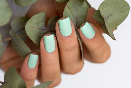 trind-cosmetics-caring-color-nagellack-monterosso-mint-swatch-3