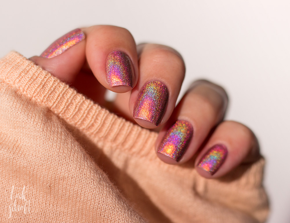 a-england-london-vibes-Kollektion-Covent-Garden-Holo-Swatch-4