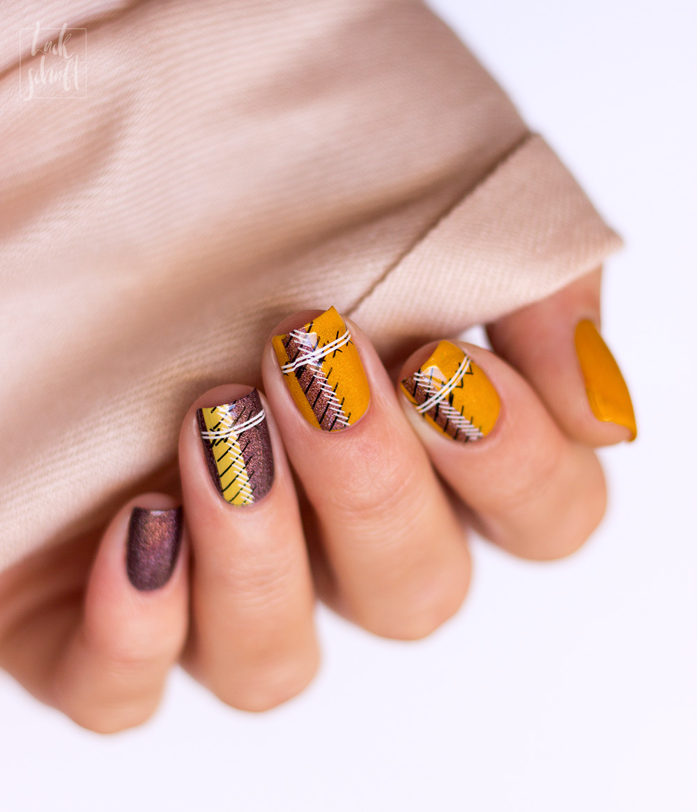 ypslackiertchallenge-cozy-sweater-nails-checkered-nails-plaid-nailart-3