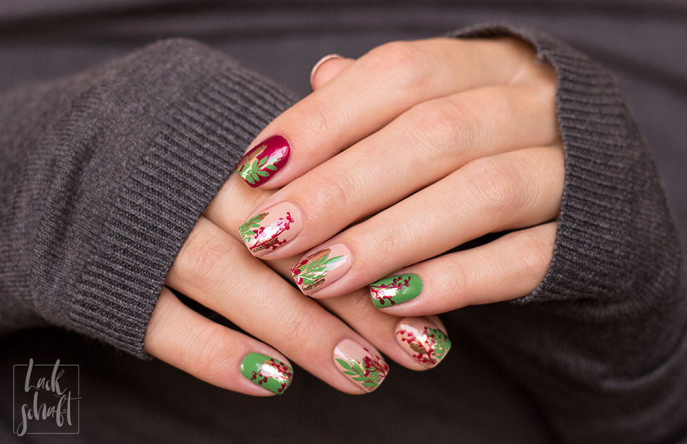 Nailart-Foil-Stamping-Christmas-Moyou-Fall-in-love-green-1