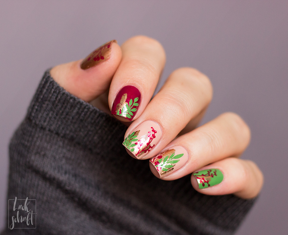 Nailart-Foil-Stamping-Christmas-Moyou-Fall-in-love-green-3