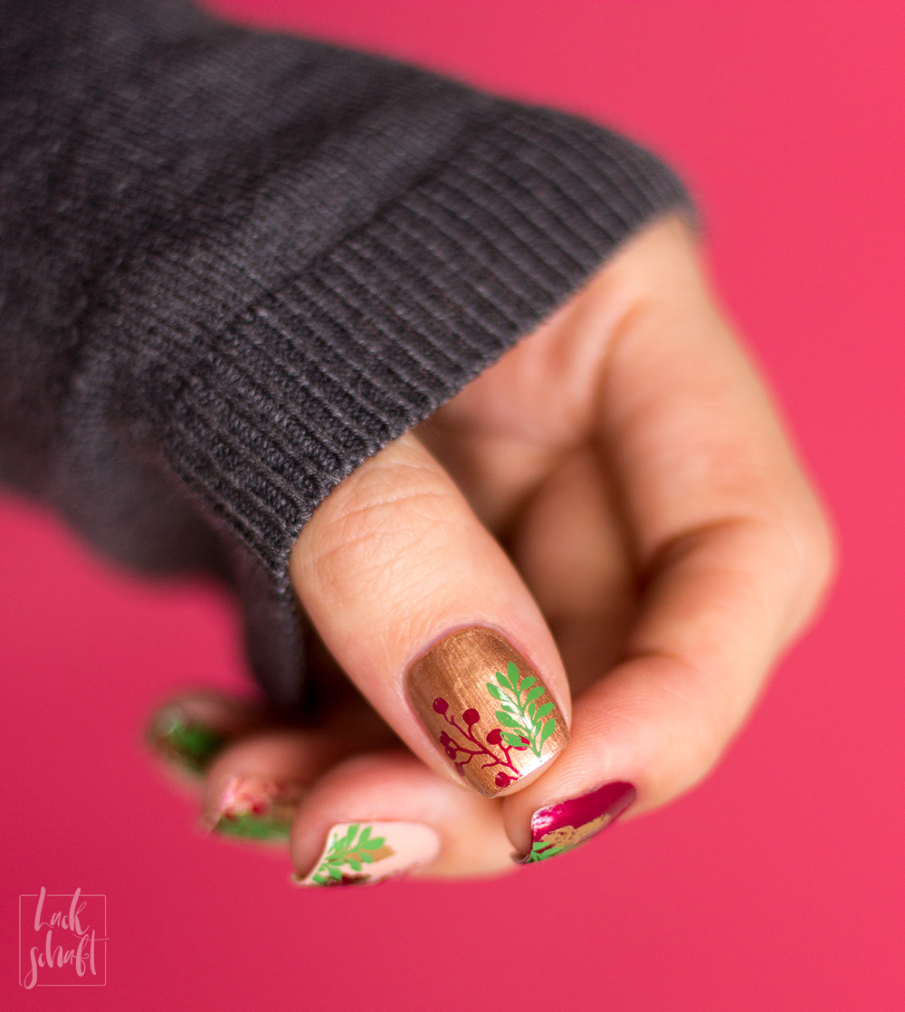 Nailart-Foil-Stamping-Christmas-Moyou-Fall-in-love-green-4