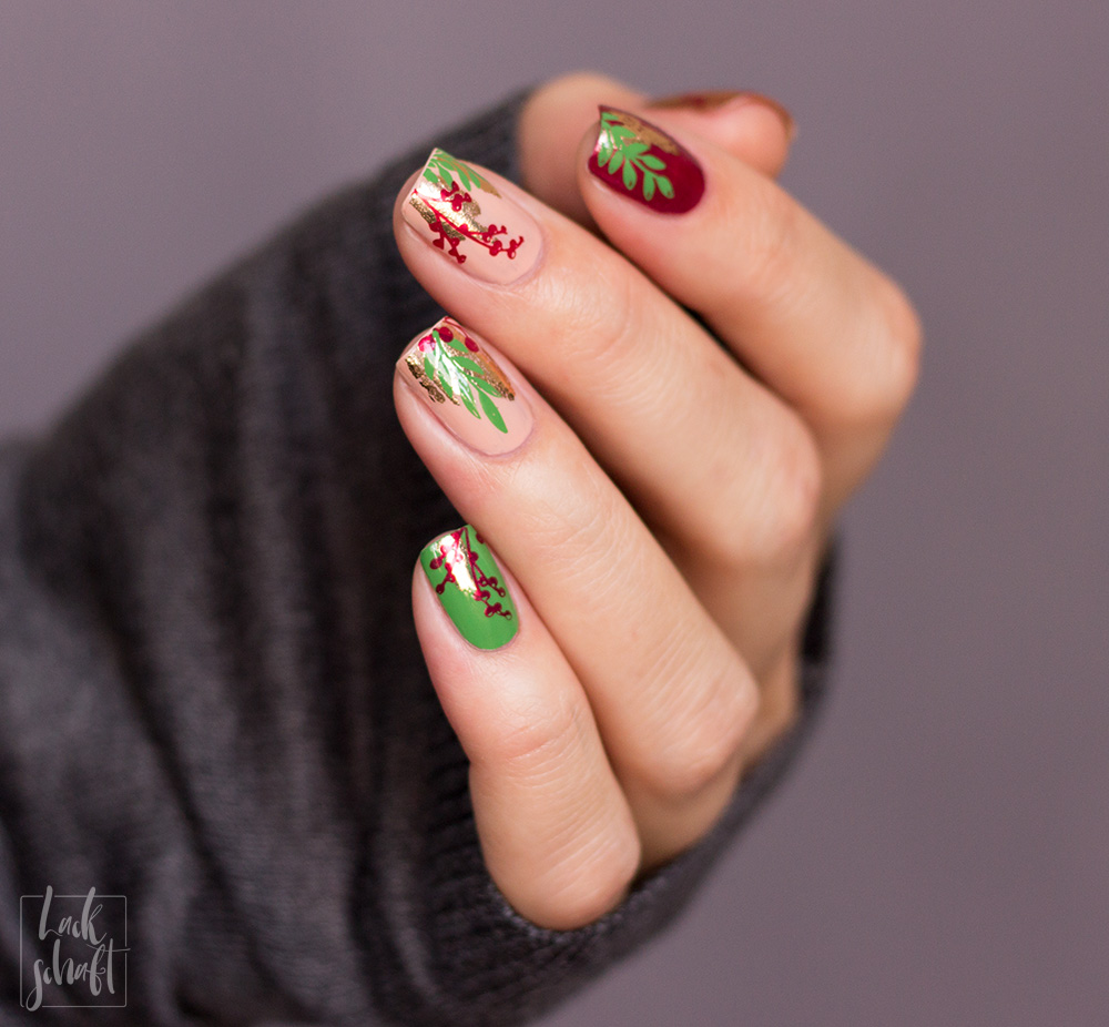Nailart-Foil-Stamping-Christmas-Moyou-Fall-in-love-green-5