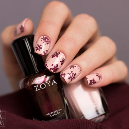 Zoya-Twinkling-Collection-Steph-Sedona-Swatch-Nailart-Snowflakes-1