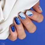 Moyou-Nailart-flower-power-23-collab-01-classic-Blue-powder-blue-mood-indigo-3
