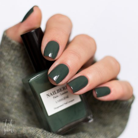 Nailberry-Nagellack-Swatch-viva-la-vegan-grün-green-1