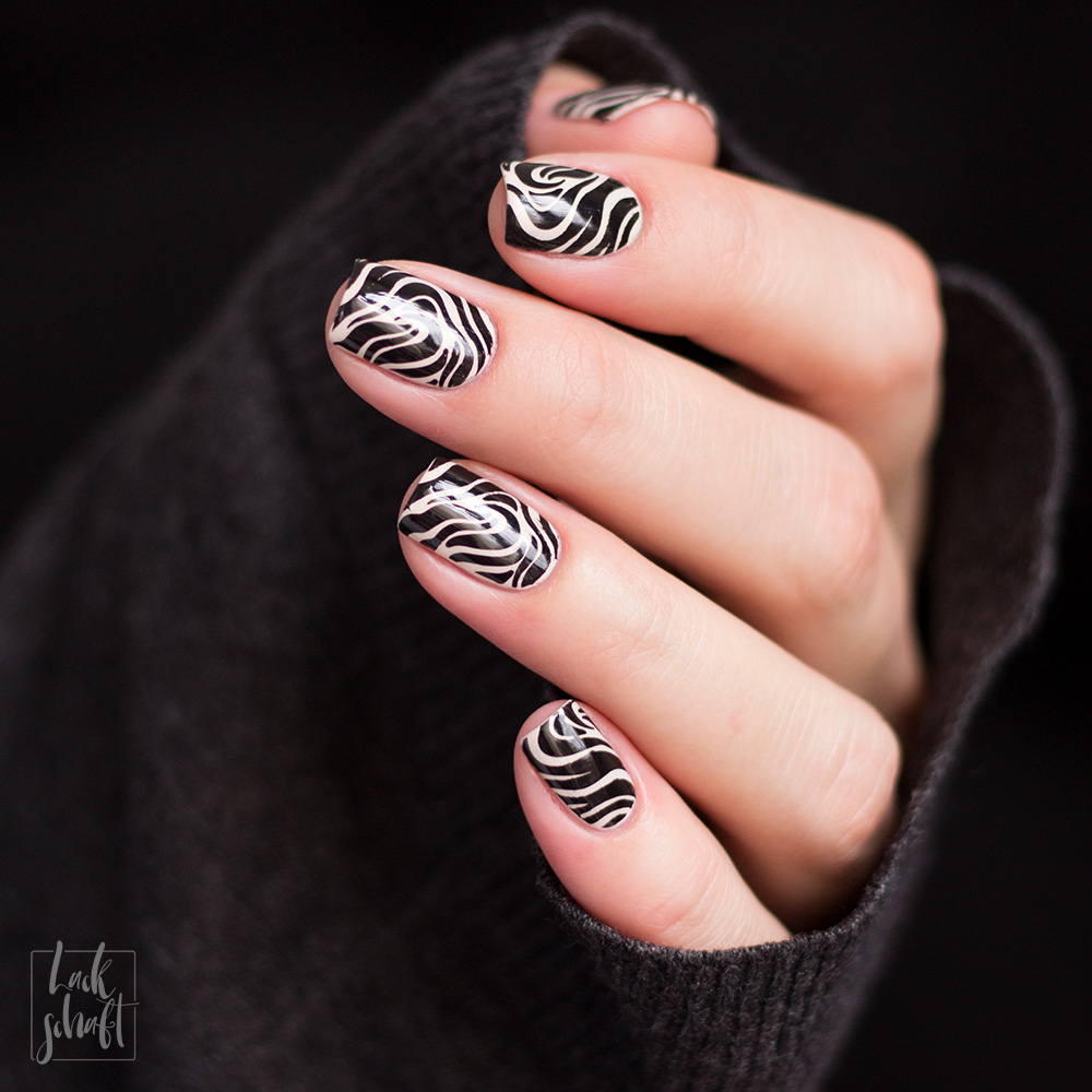 Nailart-Stamping-Black-and-White-Moyou-Pro-XL-28-Pic-4