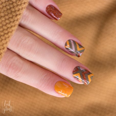 Blogparade-Herbst-Colorblocking-Nailart-Stamping-Moyou-Holy-Shapes-Autumn-1