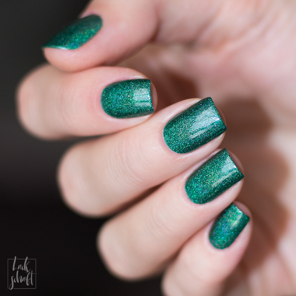 A-England-Moment-with-virgina-Collection-Mrs-Dalloway-Green-Holo-Swatch-2