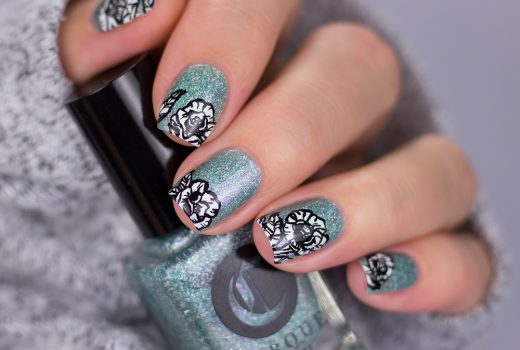 Cirque-Colors-Winter-bloom-Freihand-Floral-Flower-Blume-Acryl-Schwarz-Weiß-Nailart-1