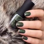 Masura-Golden-Collection-2019-Forest-King-Bride-Swatch-Green-Holo-Indie-Lacquer-Nagellack-2