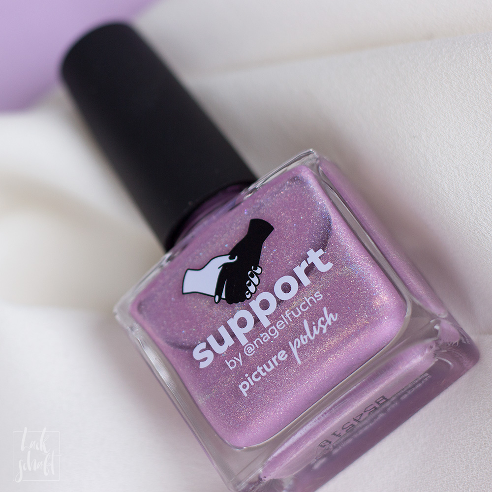 Nagellack-Nailart-Picture-Polish-Support-by-Nagelfuchs-Freihand-FrenchNegative-Space-2