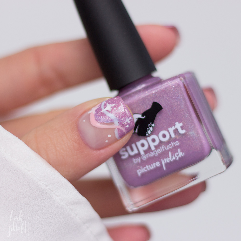 Nagellack-Nailart-Picture-Polish-Support-by-Nagelfuchs-Freihand-FrenchNegative-Space-6
