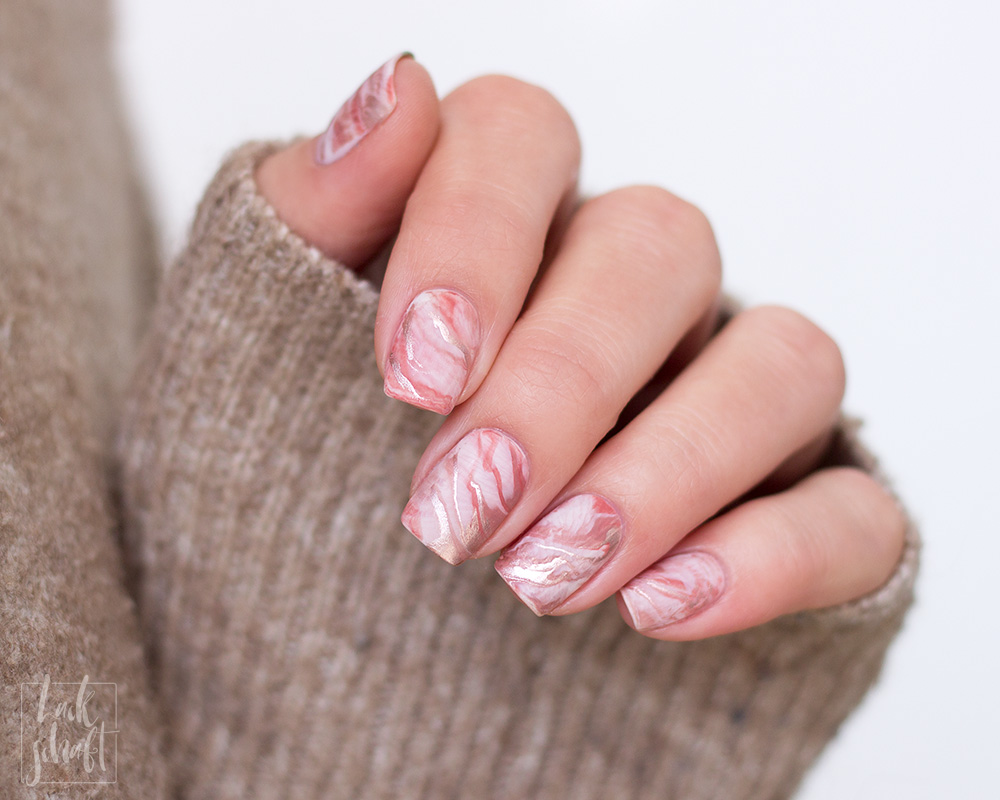Frischlackiert-Challenge-Marble-Marmor-Nailart-essie-penny-talk-urban-jungle-all-tied-up-clothing-optional-1