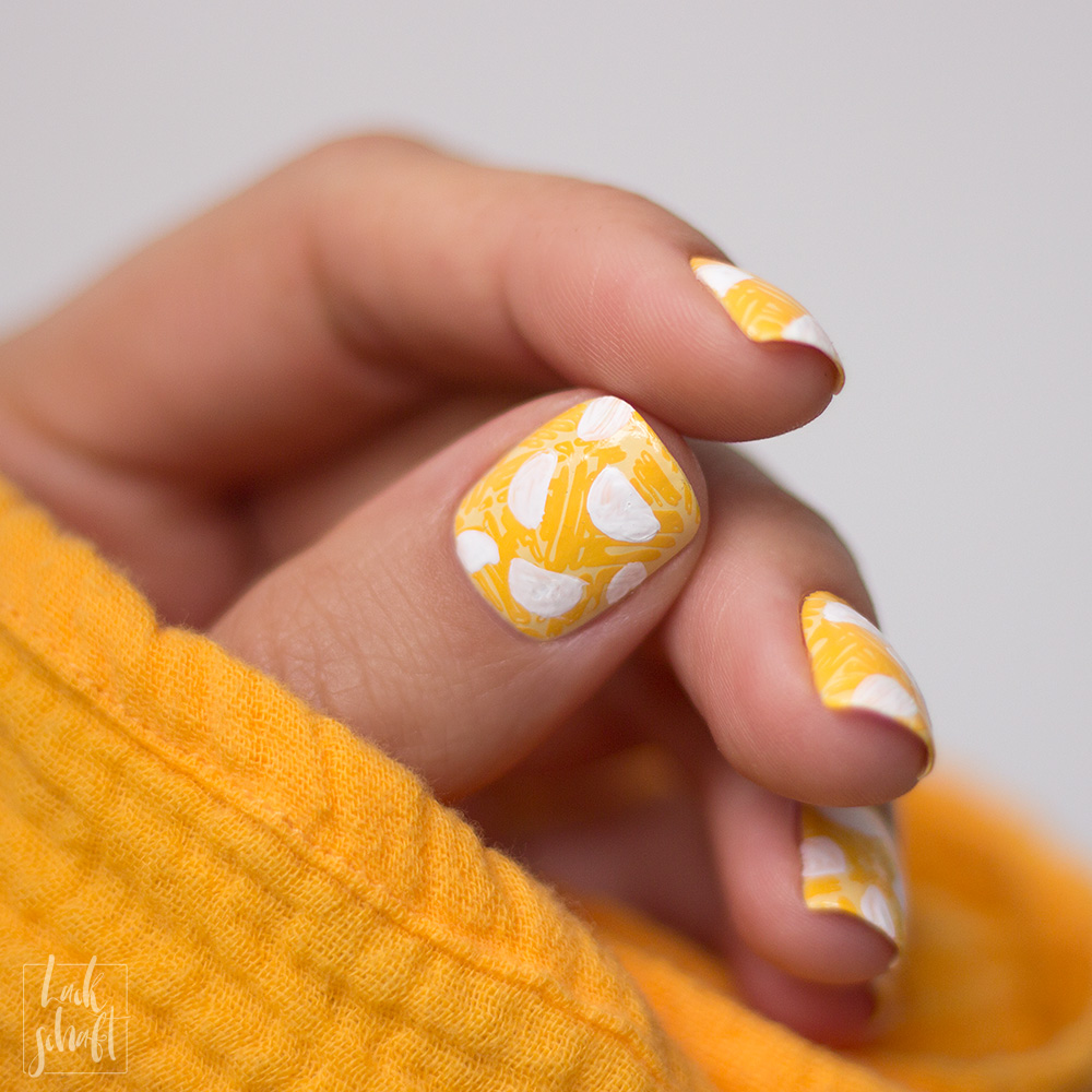 Frischlackiert-Challenge-Melon-Party-Nailart-Stamping-Freehand-Moyou-Pro-XL-28-Summer-Nails-2
