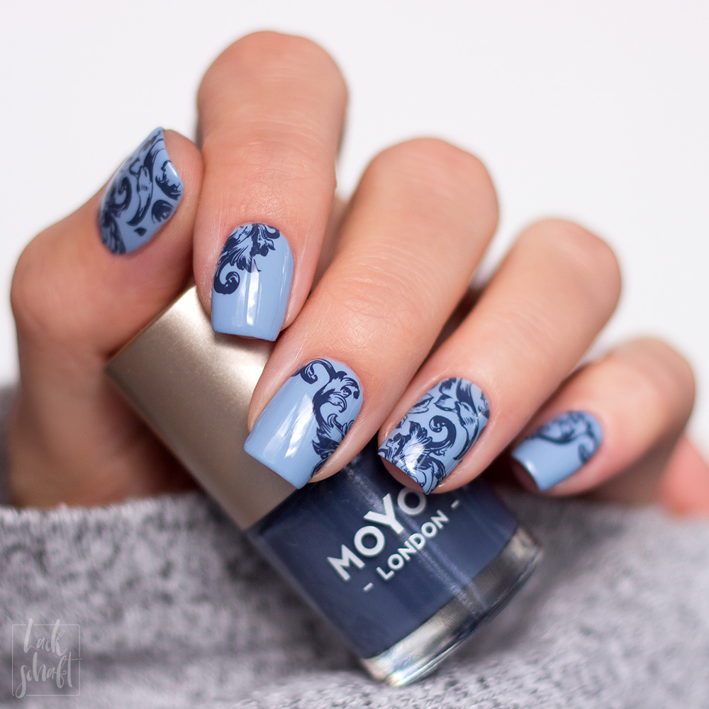 Zoya-darling-Collection-Val-Moyou-Love-is-13-Stamping-Nailart-4