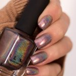 ILNP-Fall-into-Winter-Collection-2020-Holo-Chai-Latte-Swatch-6